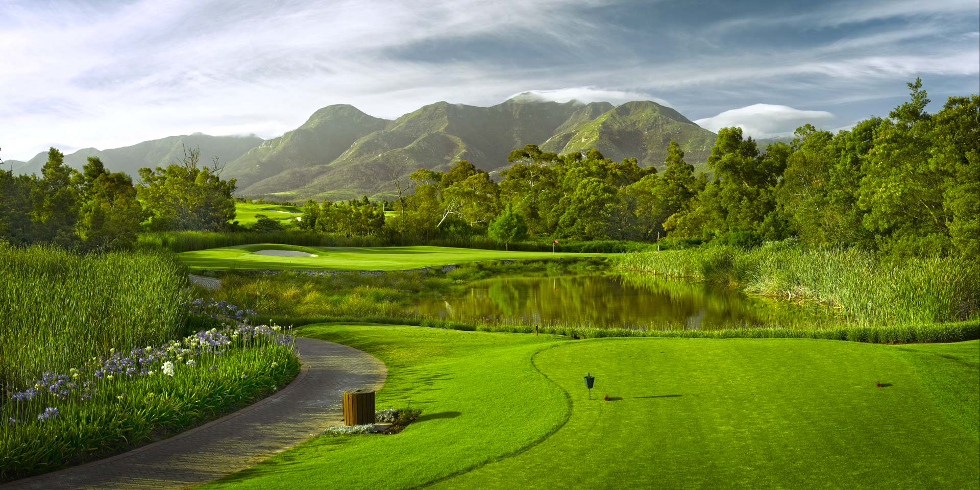 Innovative Golf Course Websites